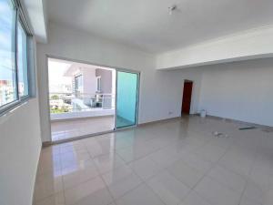 Apartamento En Ventaen Distrito Nacional, Evaristo Morales, Republica Dominicana, DO RAH: 21-568