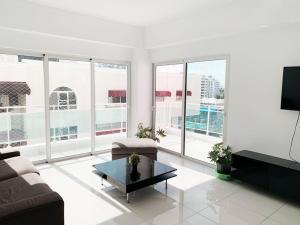 Apartamento En Alquileren Distrito Nacional, Naco, Republica Dominicana, DO RAH: 21-585
