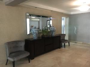 Apartamento En Alquileren Distrito Nacional, La Esperilla, Republica Dominicana, DO RAH: 21-670