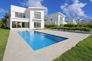 Casa En Ventaen Punta Cana, Punta Cana, Republica Dominicana, DO RAH: 21-694