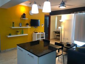 Apartamento En Ventaen Distrito Nacional, Naco, Republica Dominicana, DO RAH: 21-856