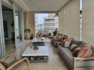 Apartamento En Ventaen Distrito Nacional, Piantini, Republica Dominicana, DO RAH: 21-892