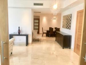 Apartamento En Alquileren Distrito Nacional, Piantini, Republica Dominicana, DO RAH: 21-1029