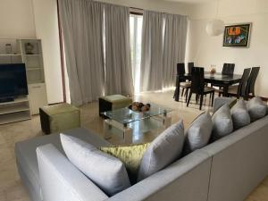 Apartamento En Alquileren Distrito Nacional, El Vergel, Republica Dominicana, DO RAH: 21-1096