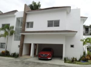 Casa En Alquileren Distrito Nacional, Cuesta Hermosa Ii, Republica Dominicana, DO RAH: 21-1131