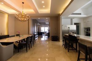 Apartamento En Ventaen Distrito Nacional, Piantini, Republica Dominicana, DO RAH: 21-1175