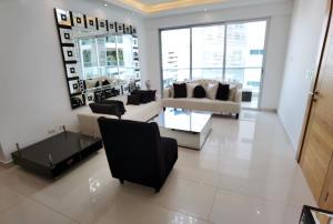 Apartamento En Alquileren Distrito Nacional, Piantini, Republica Dominicana, DO RAH: 21-1227