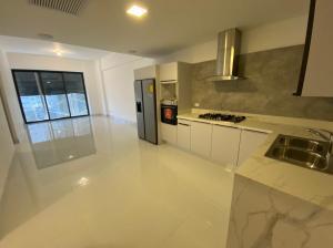 Apartamento En Ventaen Distrito Nacional, Piantini, Republica Dominicana, DO RAH: 21-1342