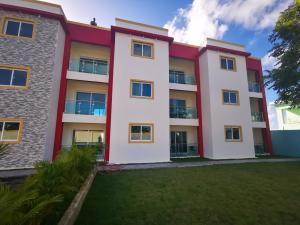 Edificio En Ventaen Punta Cana, Bavaro, Republica Dominicana, DO RAH: 21-1446