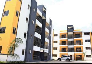 Apartamento En Ventaen Santiago, Santiago De Los Caballeros, Republica Dominicana, DO RAH: 21-1576