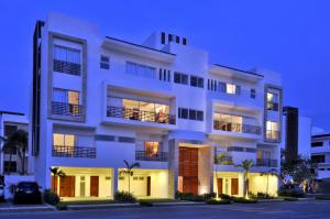 Apartamento En Ventaen Punta Cana, Cap Cana, Republica Dominicana, DO RAH: 21-1711