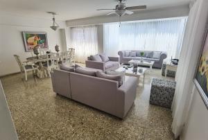 Apartamento En Alquileren Distrito Nacional, Piantini, Republica Dominicana, DO RAH: 21-1729