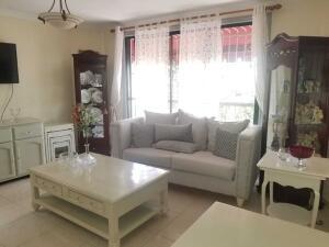 Apartamento En Alquileren Distrito Nacional, Evaristo Morales, Republica Dominicana, DO RAH: 21-1740