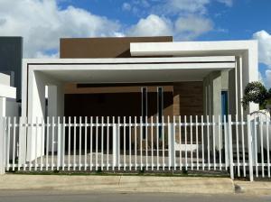 Casa En Ventaen Higuey, Anamelia, Republica Dominicana, DO RAH: 21-1789