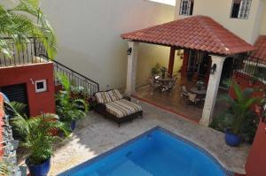 Casa En Ventaen Distrito Nacional, Altos De Arroyo Hondo, Republica Dominicana, DO RAH: 21-1795