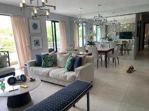 Apartamento En Ventaen Punta Cana, Punta Cana, Republica Dominicana, DO RAH: 21-1964