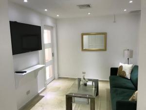 Apartamento En Alquileren Distrito Nacional, Piantini, Republica Dominicana, DO RAH: 21-766