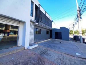 Edificio En Alquileren Distrito Nacional, Naco, Republica Dominicana, DO RAH: 21-2027