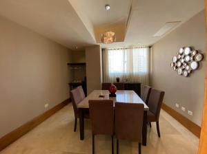Apartamento En Ventaen Distrito Nacional, Serralles, Republica Dominicana, DO RAH: 21-2080