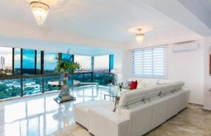 Apartamento En Alquileren Distrito Nacional, Los Cacicazgos, Republica Dominicana, DO RAH: 21-2089
