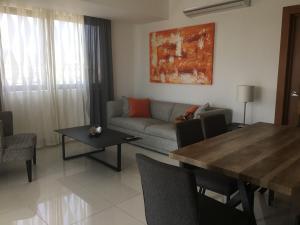 Apartamento En Alquileren Distrito Nacional, Naco, Republica Dominicana, DO RAH: 21-2118
