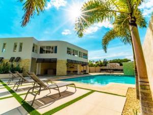 Apartamento En Ventaen Santo Domingo Norte, Cd Modelo Mirador Norte, Republica Dominicana, DO RAH: 21-2138