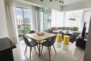 Apartamento En Alquileren Distrito Nacional, Piantini, Republica Dominicana, DO RAH: 21-2295
