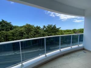 Apartamento En Alquileren Distrito Nacional, Los Cacicazgos, Republica Dominicana, DO RAH: 21-2321