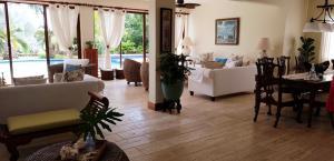 Casa En Ventaen La Romana, Casa De Campo, Republica Dominicana, DO RAH: 21-2364