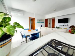 Apartamento En Alquileren Distrito Nacional, Evaristo Morales, Republica Dominicana, DO RAH: 21-2370