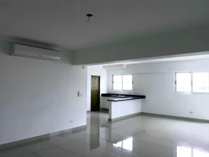 Apartamento En Alquileren Distrito Nacional, Evaristo Morales, Republica Dominicana, DO RAH: 21-2373