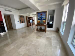 Apartamento En Alquileren Distrito Nacional, Mirador Sur, Republica Dominicana, DO RAH: 21-2407