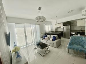 Apartamento En Alquileren Distrito Nacional, Piantini, Republica Dominicana, DO RAH: 21-2447