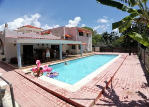 Casa En Ventaen Boca Chica, Boca Chica, Republica Dominicana, DO RAH: 21-2488