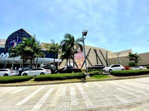 Local Comercial En Ventaen Distrito Nacional, Villa Juana, Republica Dominicana, DO RAH: 21-2554