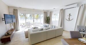 Apartamento En Ventaen La Romana, La Romana, Republica Dominicana, DO RAH: 21-2585
