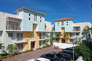 Apartamento En Ventaen Punta Cana, Bavaro, Republica Dominicana, DO RAH: 21-2668
