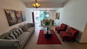 Apartamento En Alquileren Distrito Nacional, Serralles, Republica Dominicana, DO RAH: 21-2590