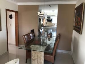 Apartamento En Ventaen Distrito Nacional, Mirador Norte, Republica Dominicana, DO RAH: 21-2657