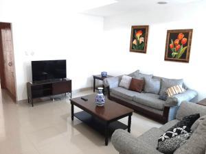 Apartamento En Alquileren Distrito Nacional, Bella Vista, Republica Dominicana, DO RAH: 21-2660