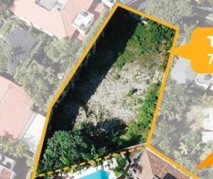 Terreno En Ventaen Distrito Nacional, Viejo Arroyo Hondo, Republica Dominicana, DO RAH: 21-2679