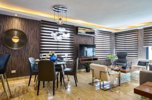 Apartamento En Alquileren Distrito Nacional, Piantini, Republica Dominicana, DO RAH: 21-2700