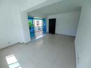 Apartamento En Alquileren Distrito Nacional, El Vergel, Republica Dominicana, DO RAH: 21-2702