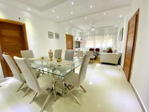 Apartamento En Alquileren Distrito Nacional, Paraiso, Republica Dominicana, DO RAH: 21-2718