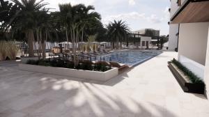 Apartamento En Ventaen Punta Cana, Cap Cana, Republica Dominicana, DO RAH: 21-2739
