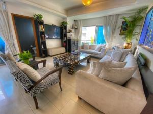 Apartamento En Ventaen Distrito Nacional, Piantini, Republica Dominicana, DO RAH: 21-2746