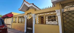Casa En Ventaen Santo Domingo Este, San Isidro, Republica Dominicana, DO RAH: 21-2908