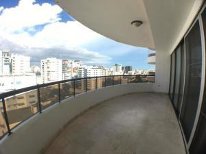 Apartamento En Ventaen Distrito Nacional, Piantini, Republica Dominicana, DO RAH: 21-2918