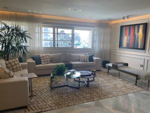 Apartamento En Ventaen Distrito Nacional, Piantini, Republica Dominicana, DO RAH: 21-2976
