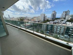 Apartamento En Alquileren Distrito Nacional, Los Cacicazgos, Republica Dominicana, DO RAH: 21-3110